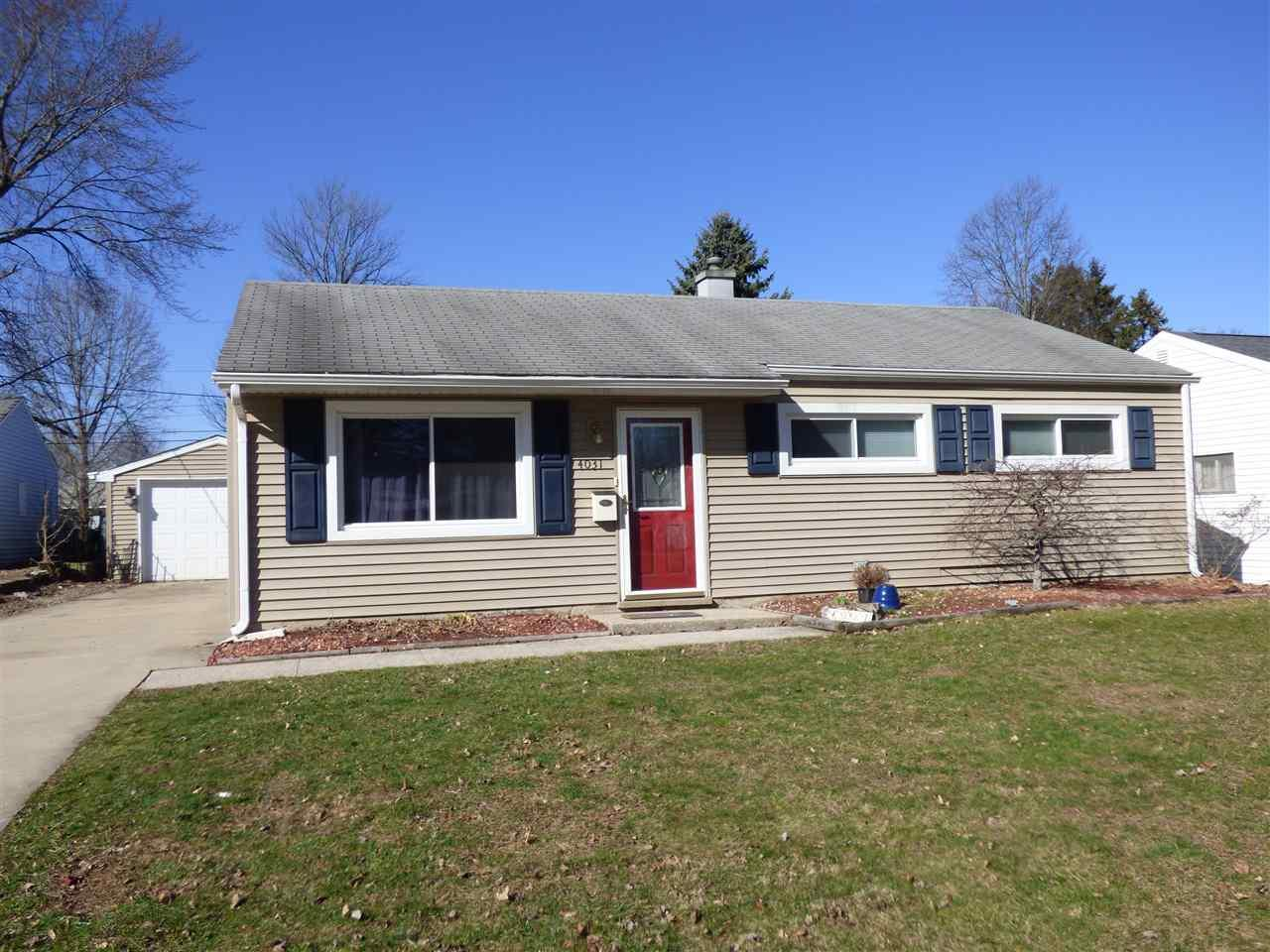 4031  Woodvale South Bend, IN 46614