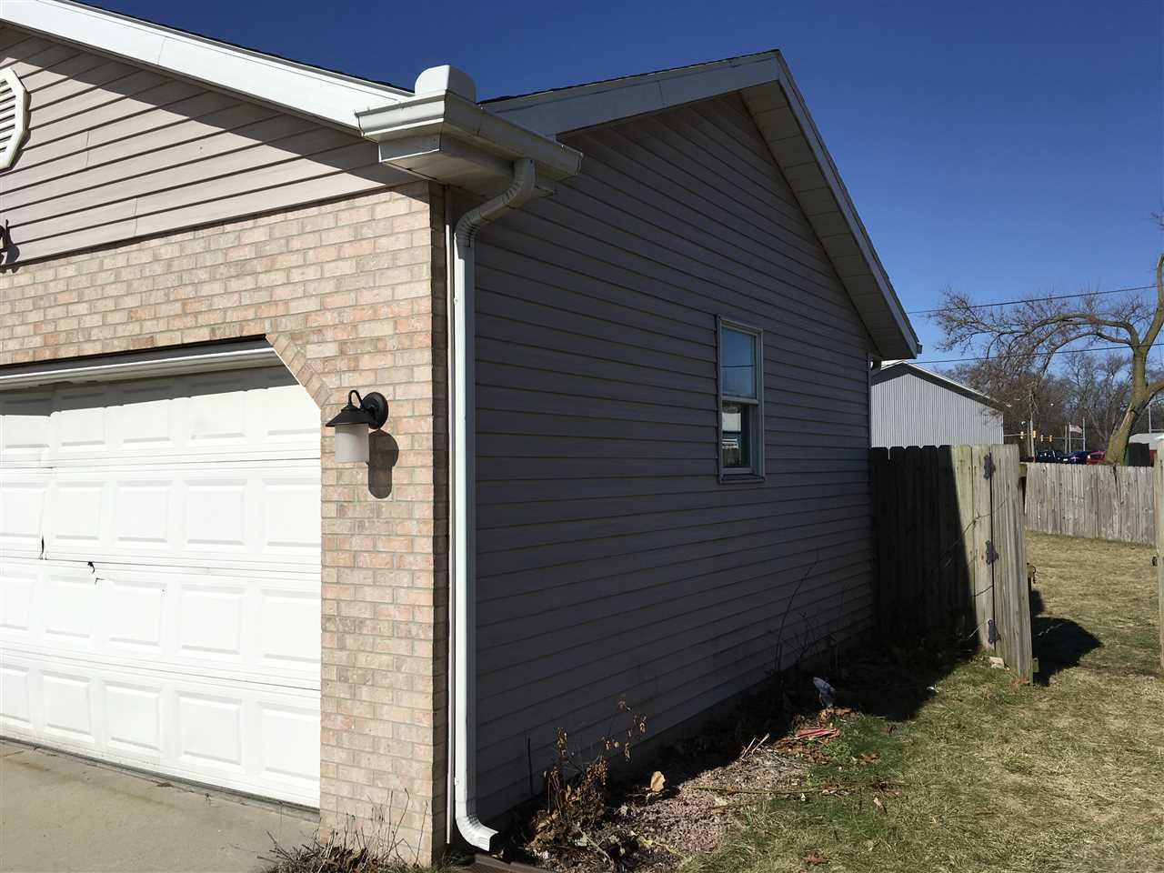 5211  Windfall South Bend, IN 46619