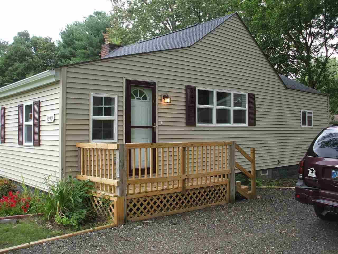 5049  Reo South Bend, IN 46619
