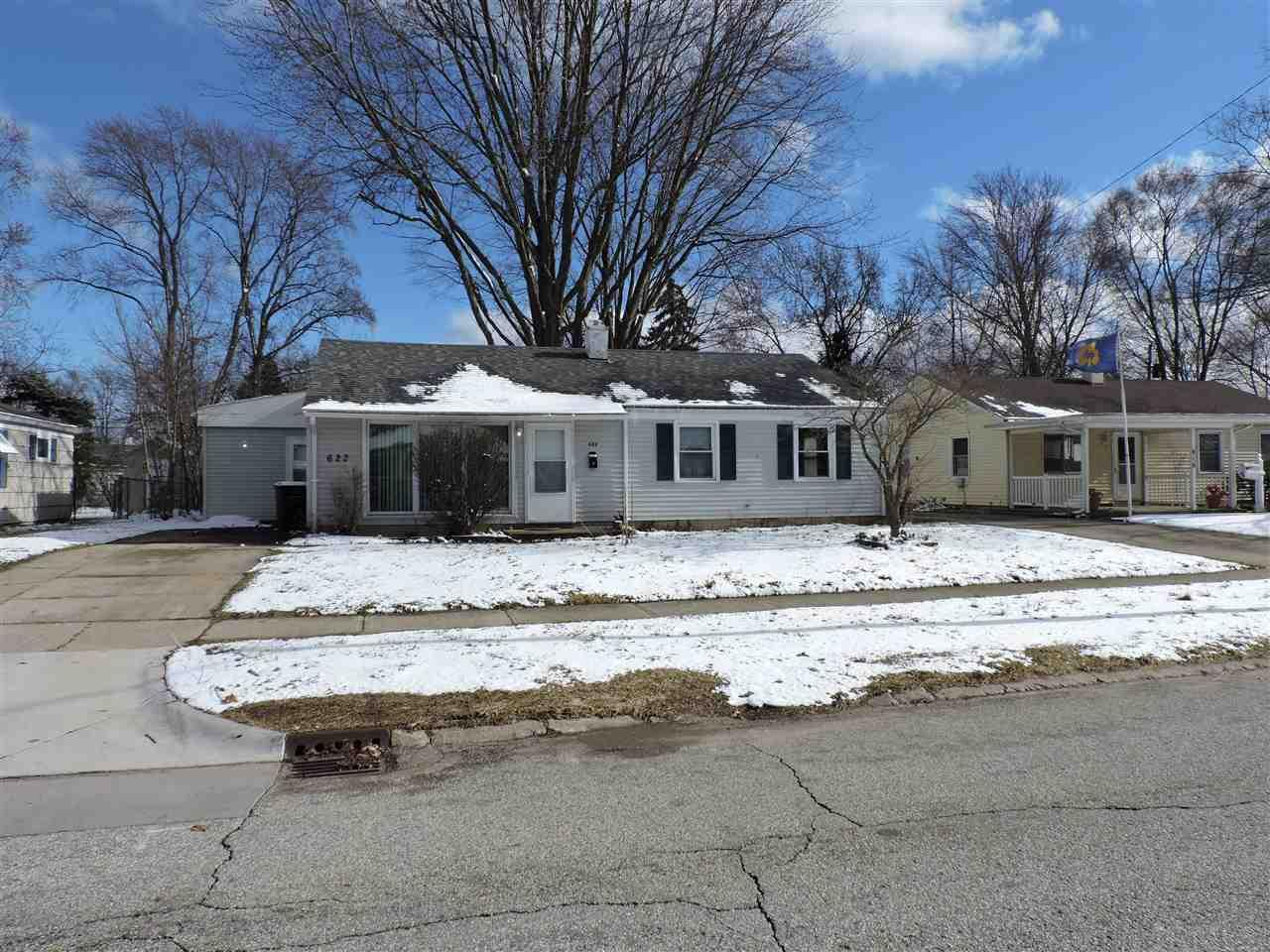 622  Manchester South Bend, IN 46615