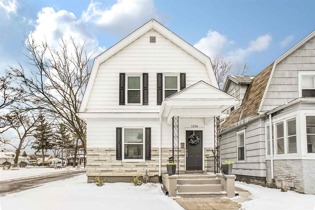 1226 E Madison South Bend, IN 46617
