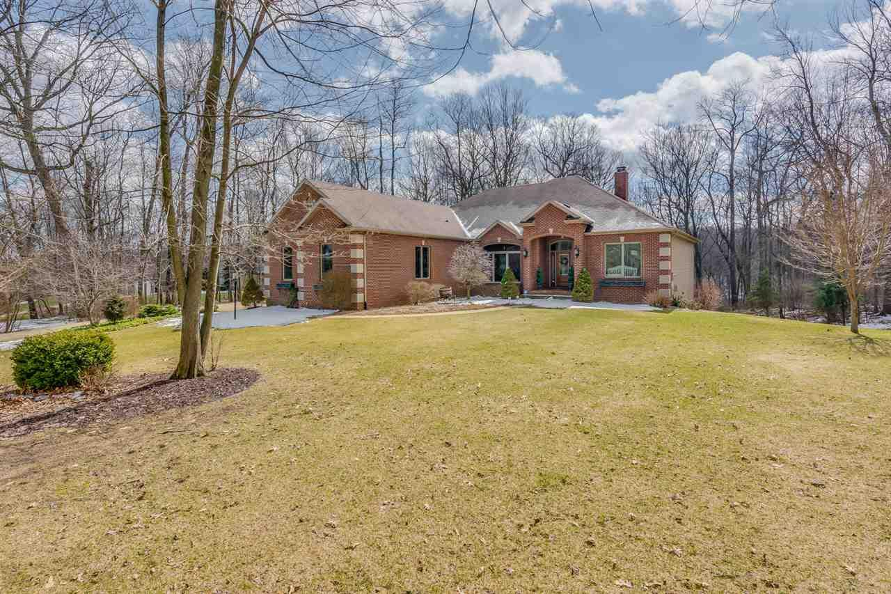 22038  Alpine Ridge Dr. South Bend, IN 46628