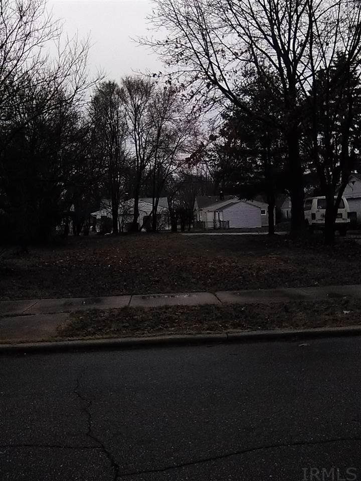 1337 Bissell South Bend, IN 46617