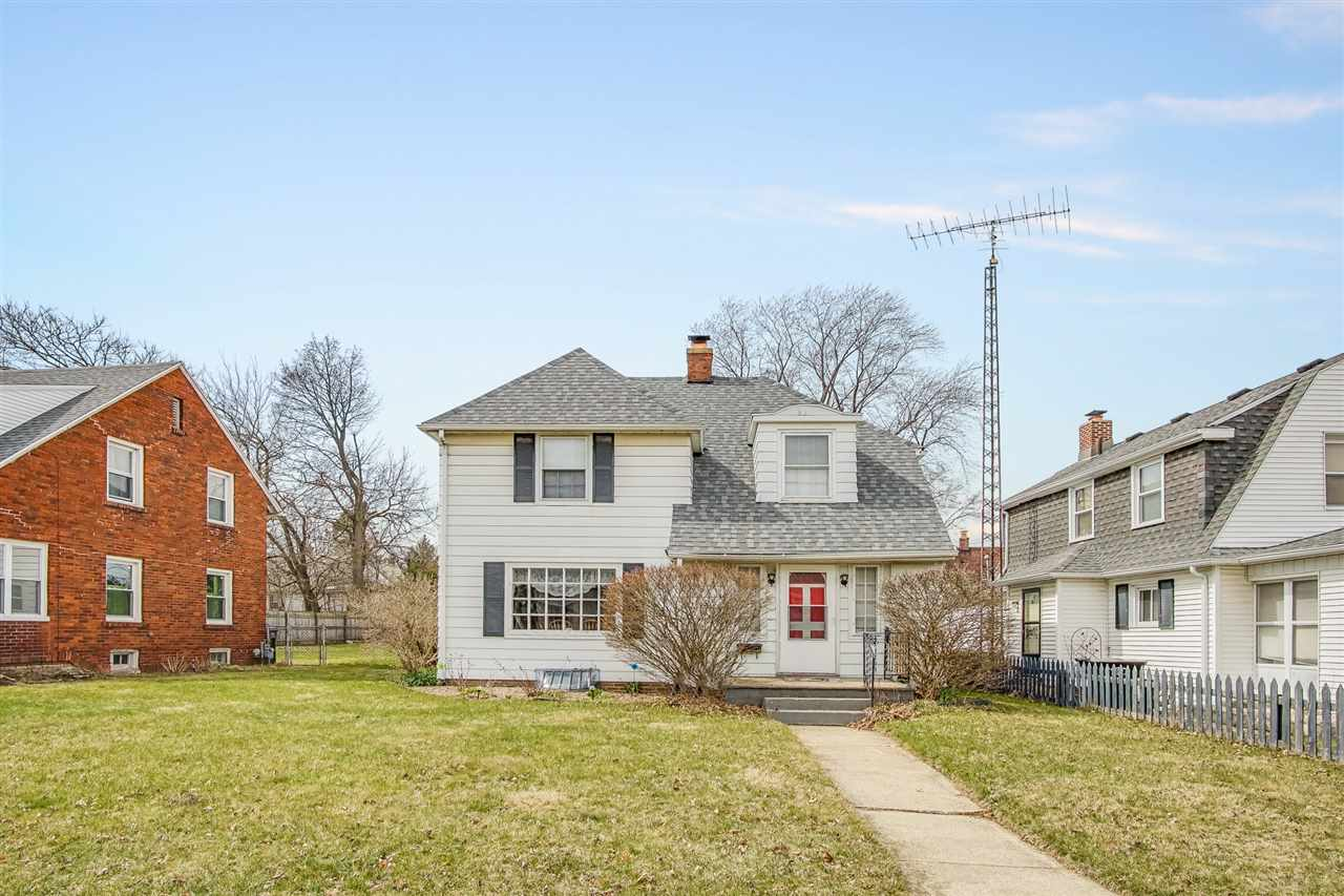 2605  Erskine South Bend, IN 46614
