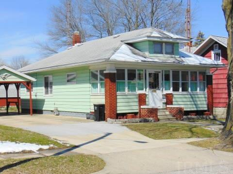 2117  Catalpa South Bend, IN 46613