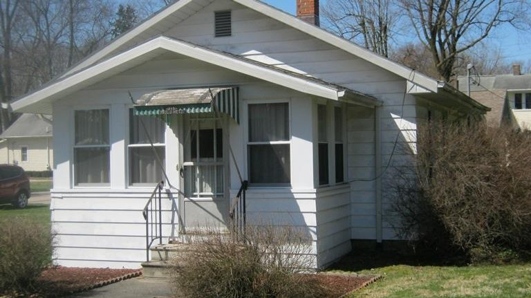 315 S Chestnut Street Osceola, IN 46561