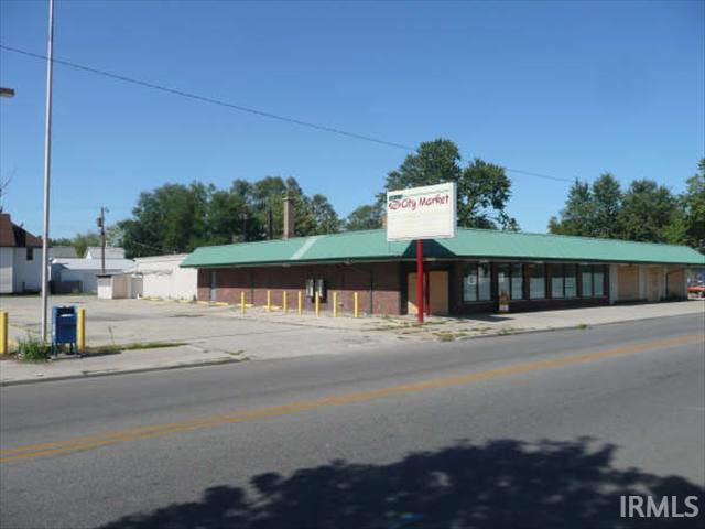 1221 S Main Elkhart, IN 46516