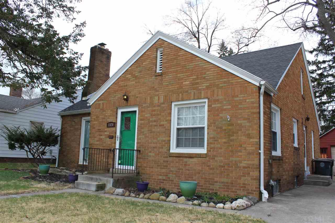 1526  Mckinley South Bend, IN 46617