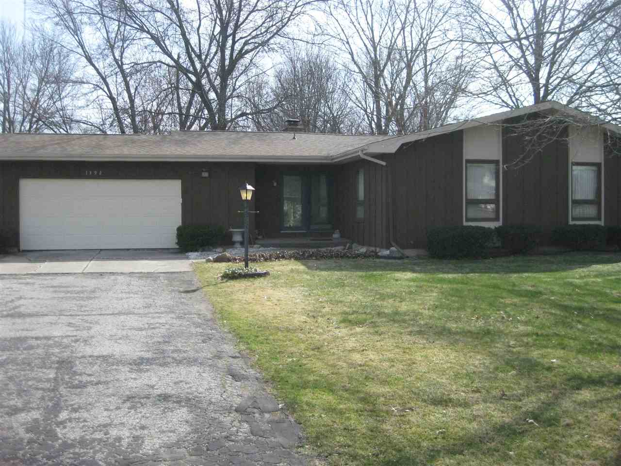 1392  Berkshire South Bend, IN 46614