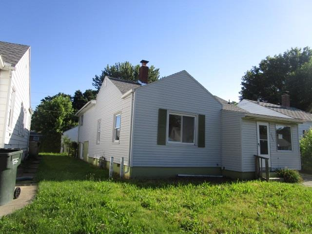 2901 Frederickson South Bend, IN 46628