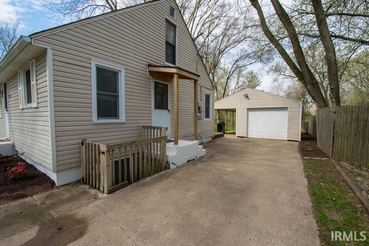 54353  Terrace Ln South Bend, IN 46635