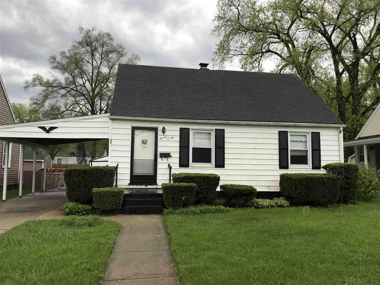 1106  Culver Place South Bend, IN 46616