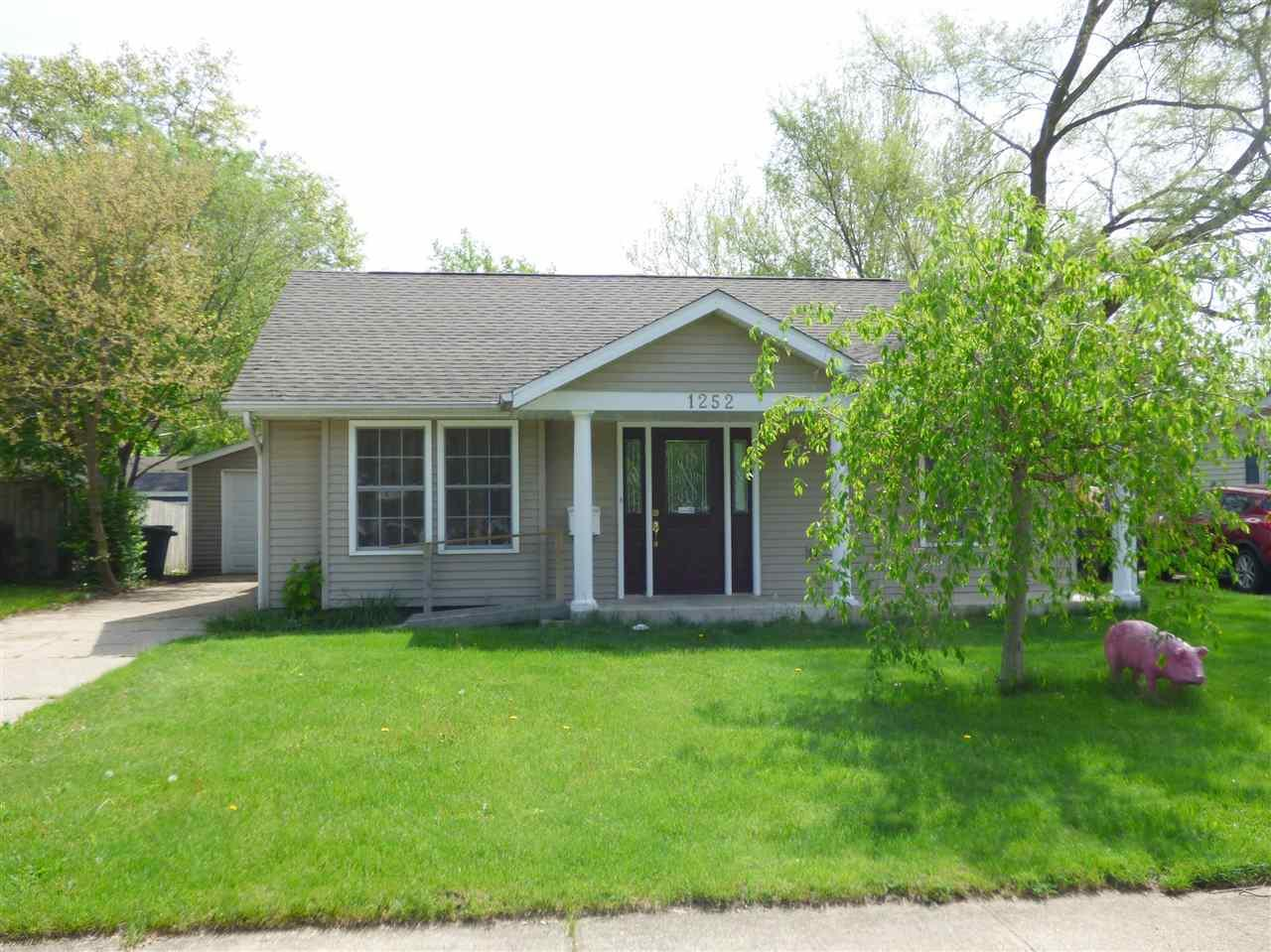 1252  Helmen South Bend, IN 46615