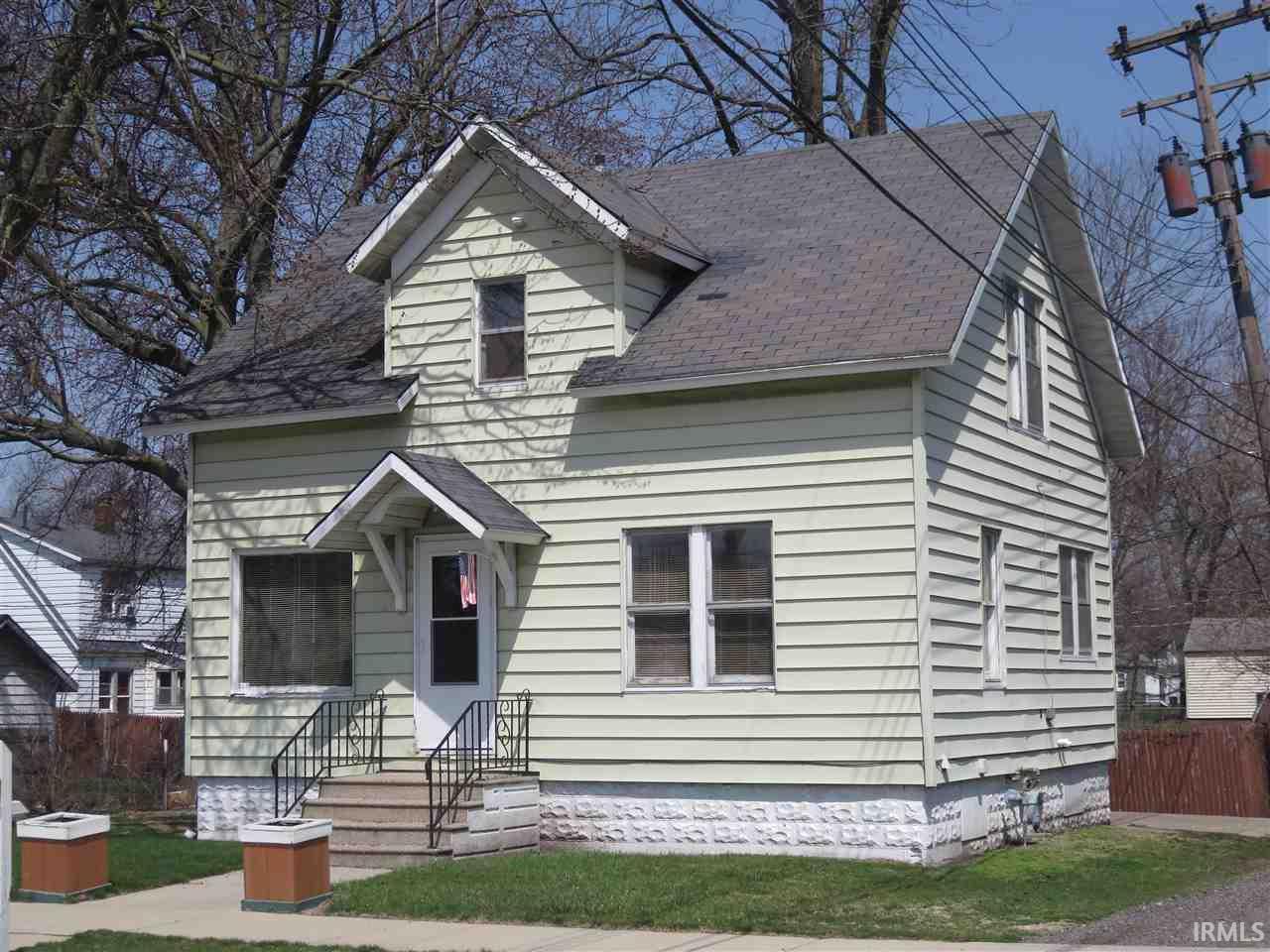 1218  Lafayette Elkhart, IN 46516