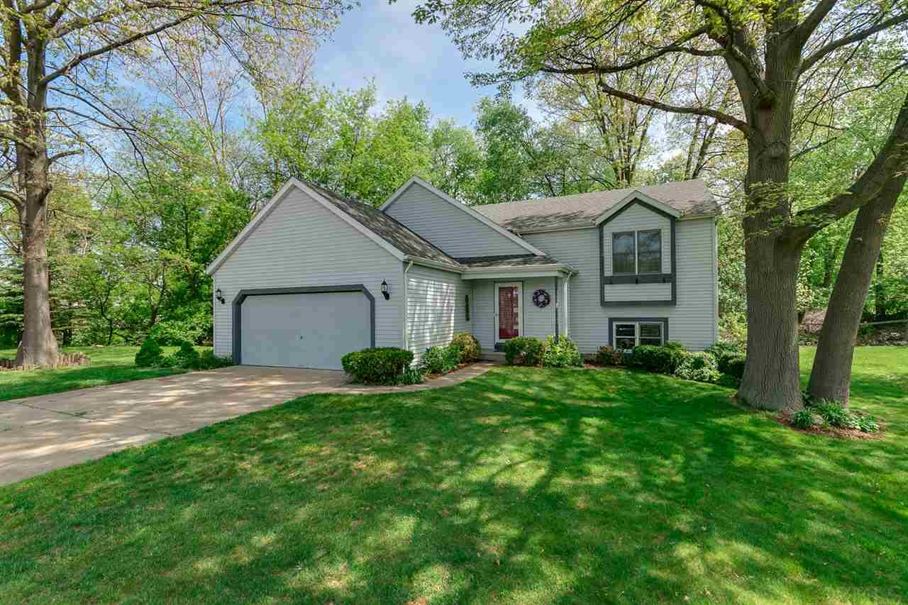 4326  Cross Creek South Bend, IN 46628