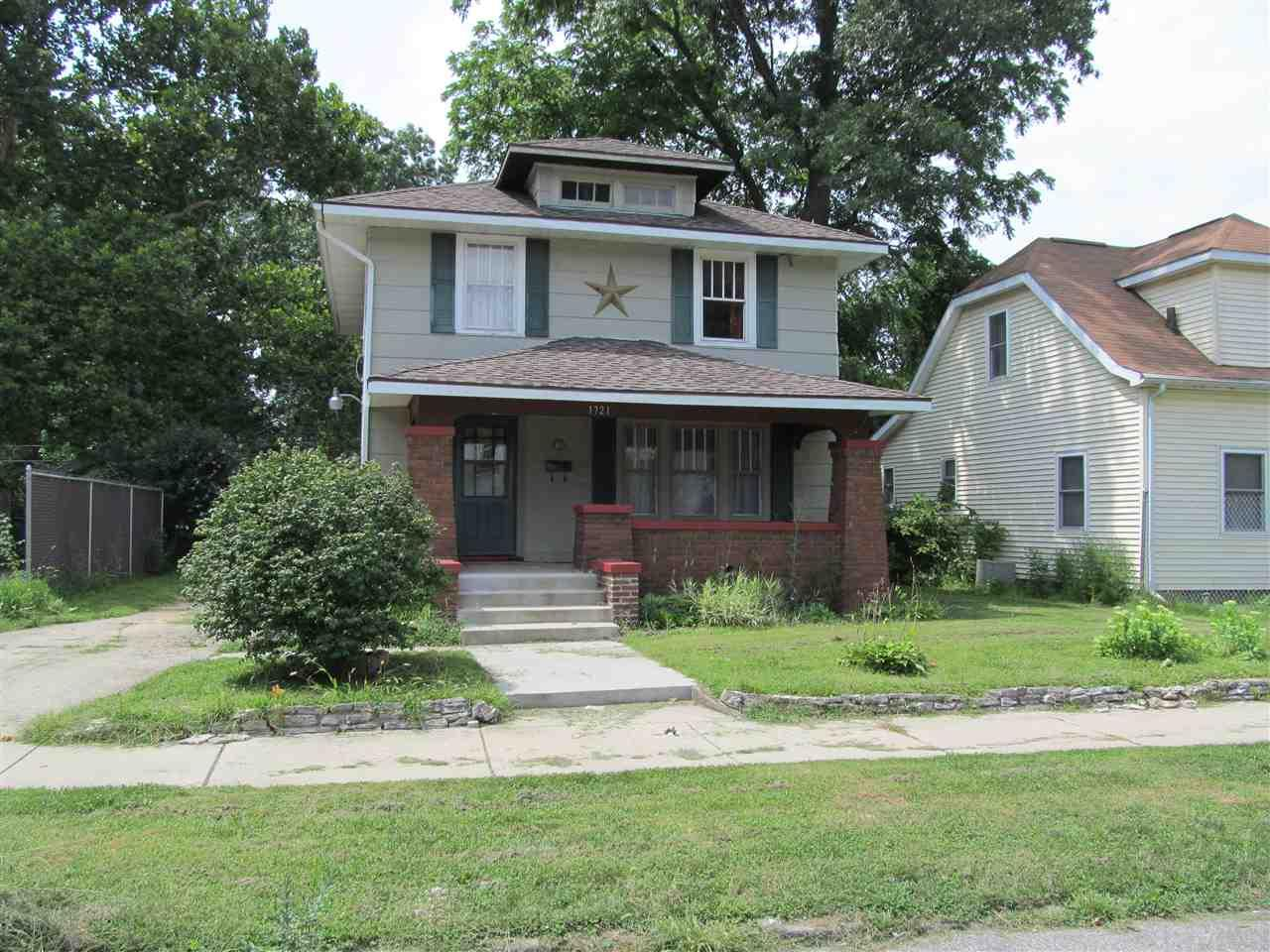 1721 Marine South Bend, IN 46613
