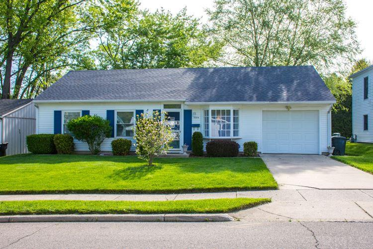 4204  Coral South Bend, IN 46614