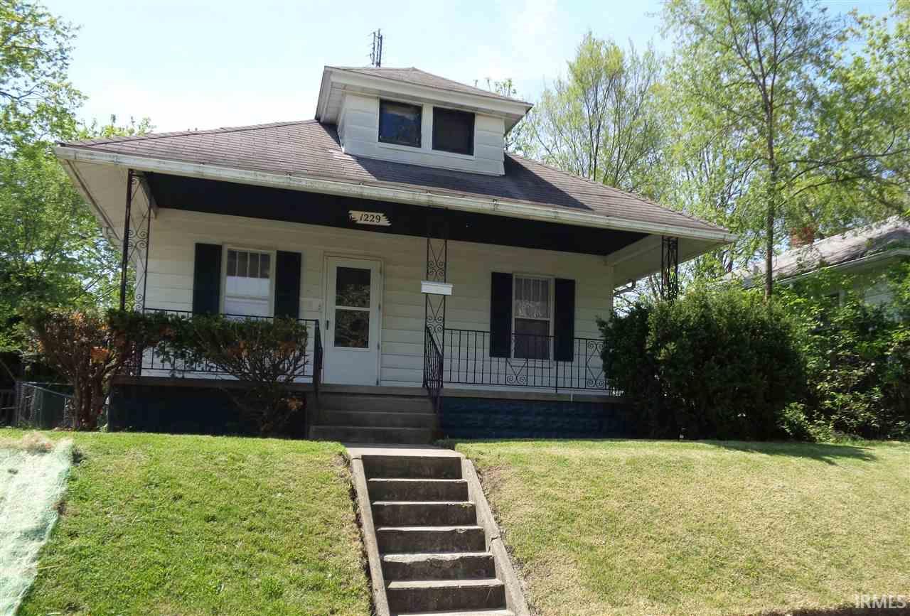 1229 N Adams South Bend, IN 46619