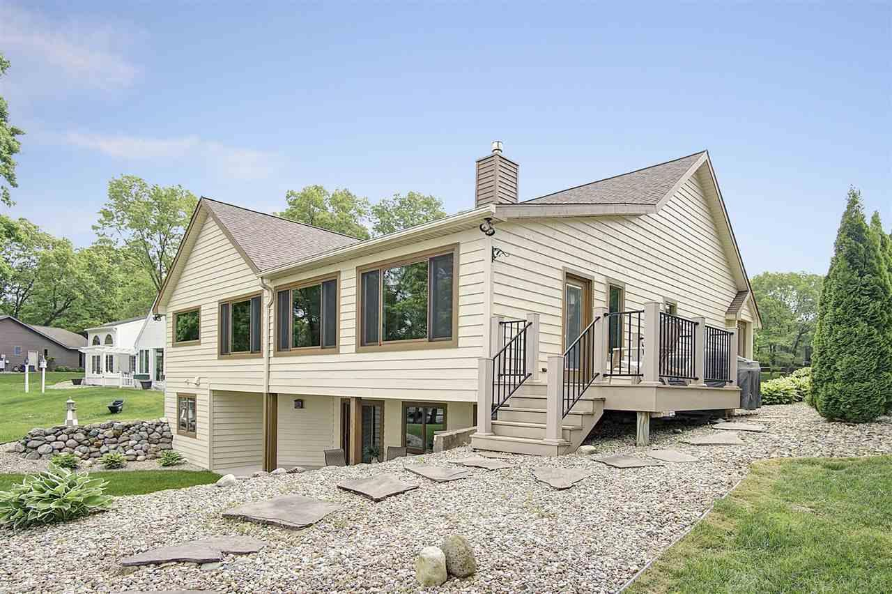 53365 Forest Lakes Middlebury, IN 46540