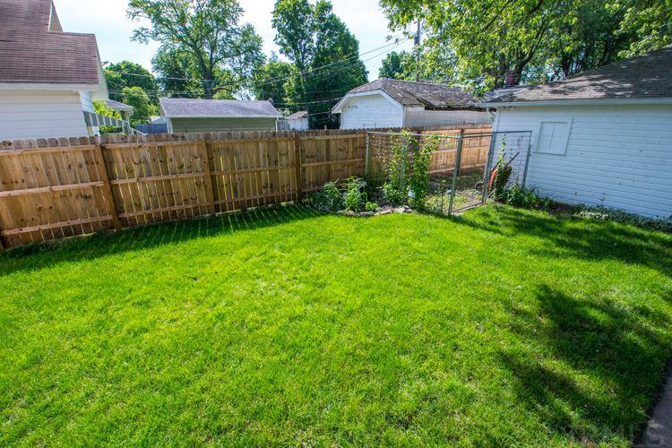 1340 Fox South Bend, IN 46613