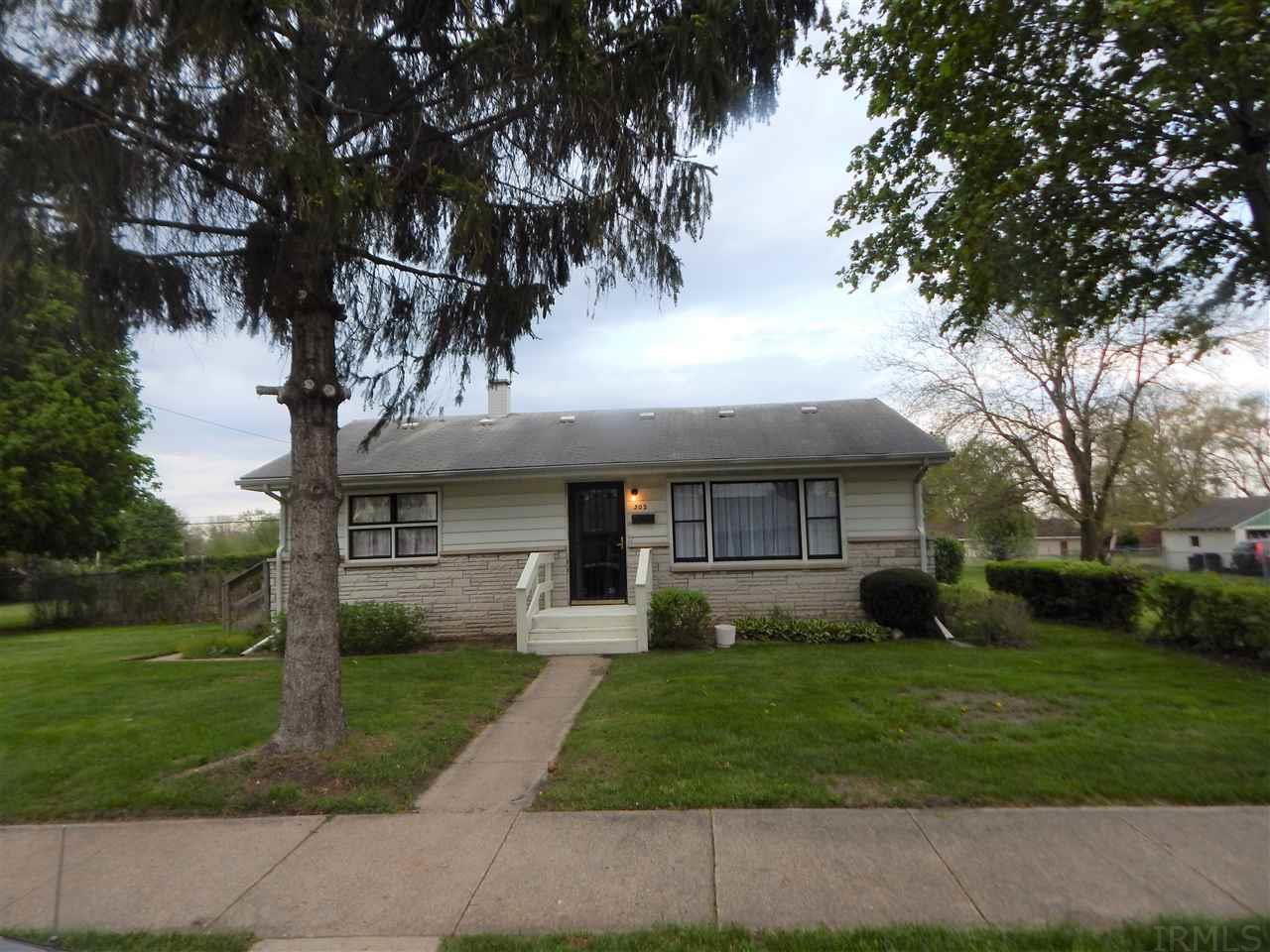 302 S Falcon South Bend, IN 46619