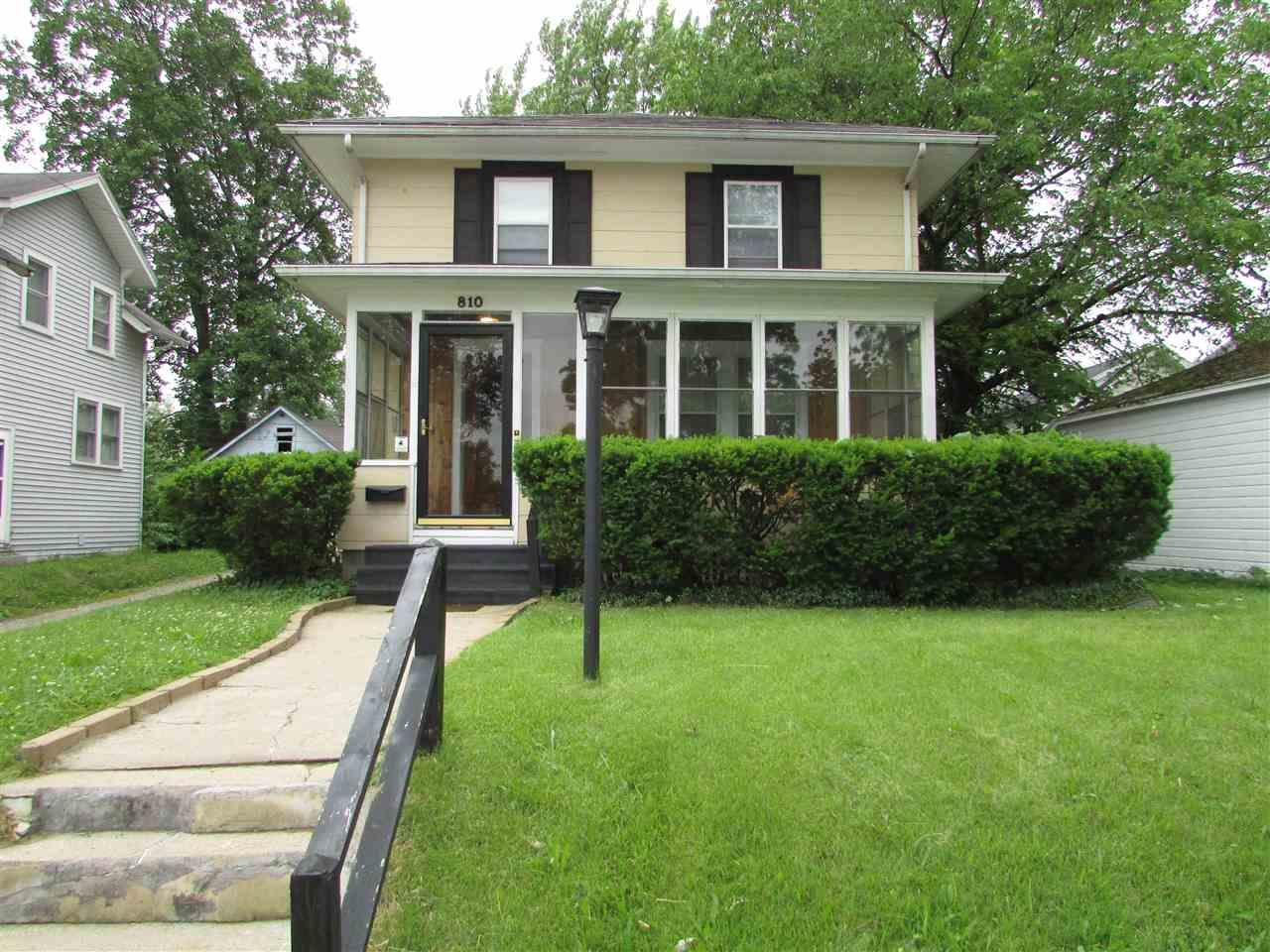 810 E Donald South Bend, IN 46613