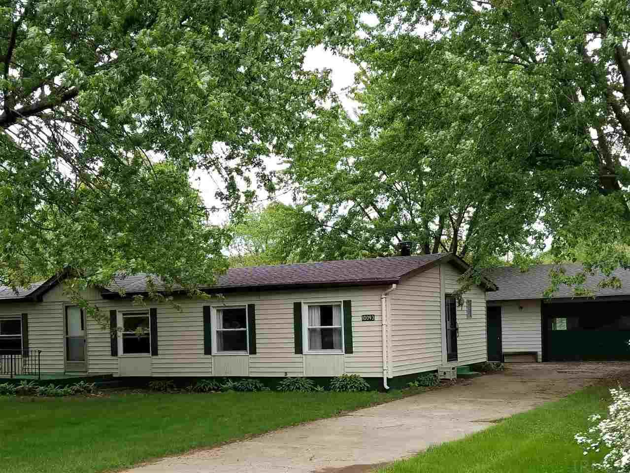 10093 Glenwood Osceola, IN 46561