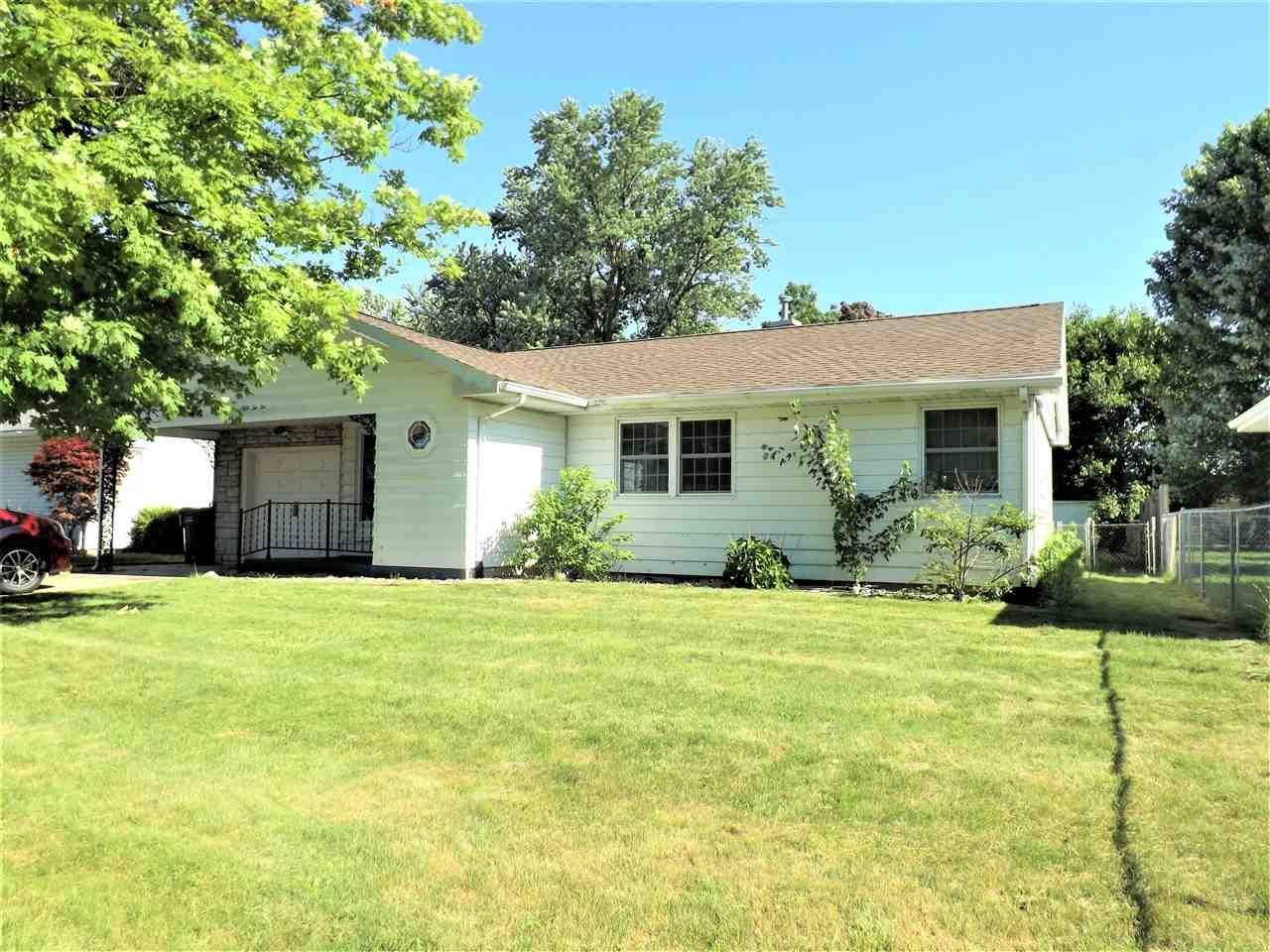5210 Rowantree South Bend, IN 46619