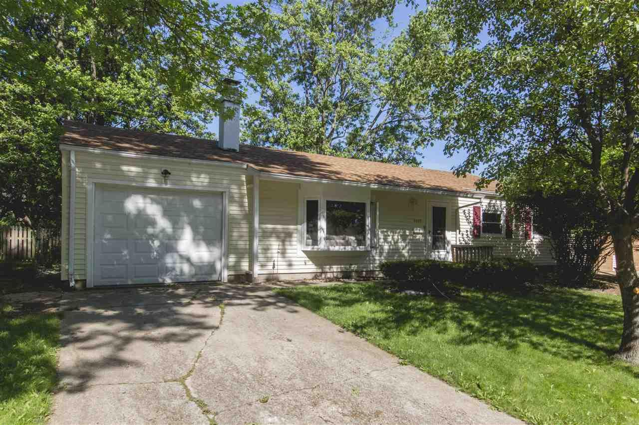 4549 E Macgregor South Bend, IN 46614