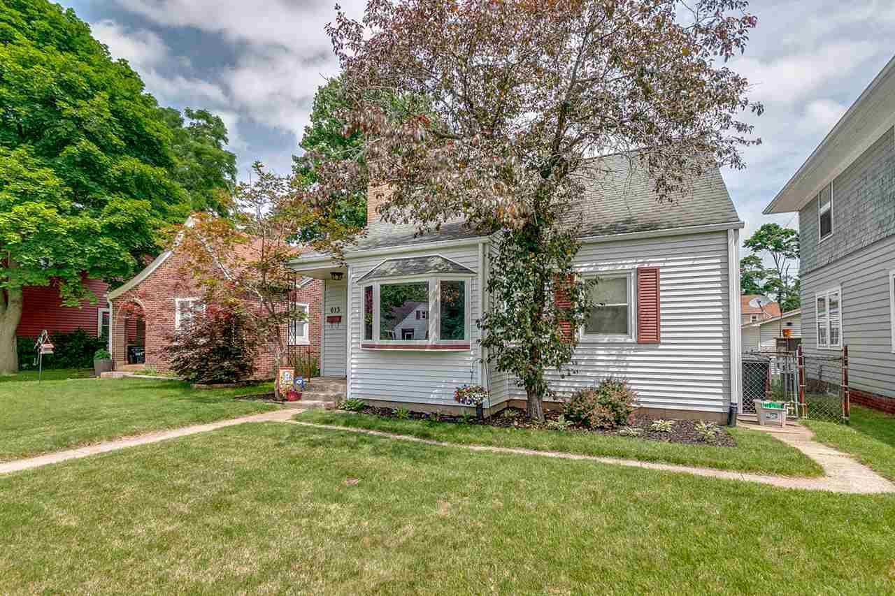 613 E Eckman South Bend, IN 46614