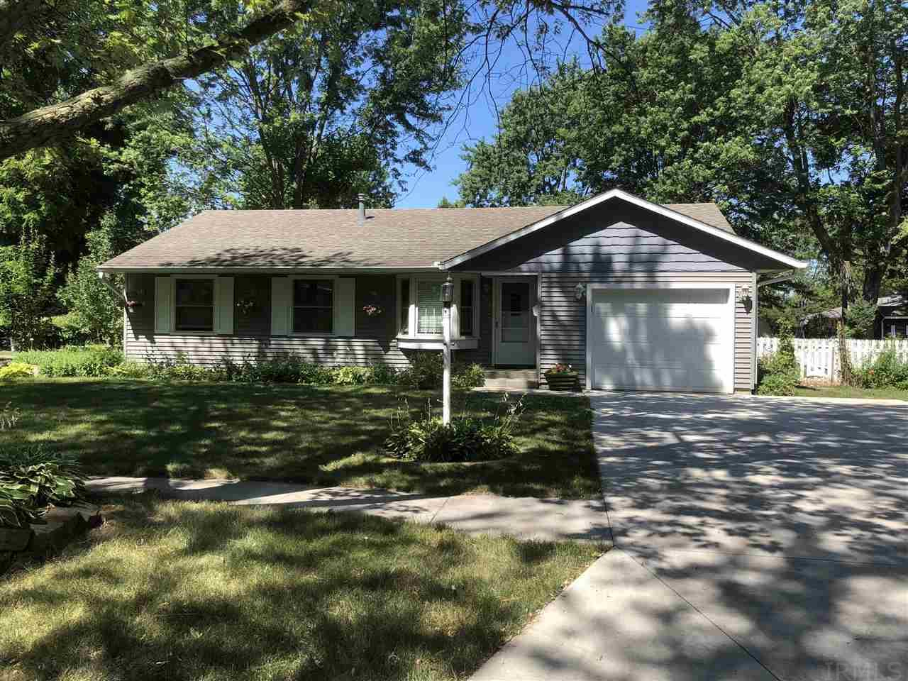 403 Maple Ct Goshen, IN 46526