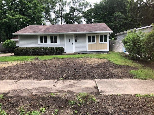 1328 Ebeling South Bend, IN 46615