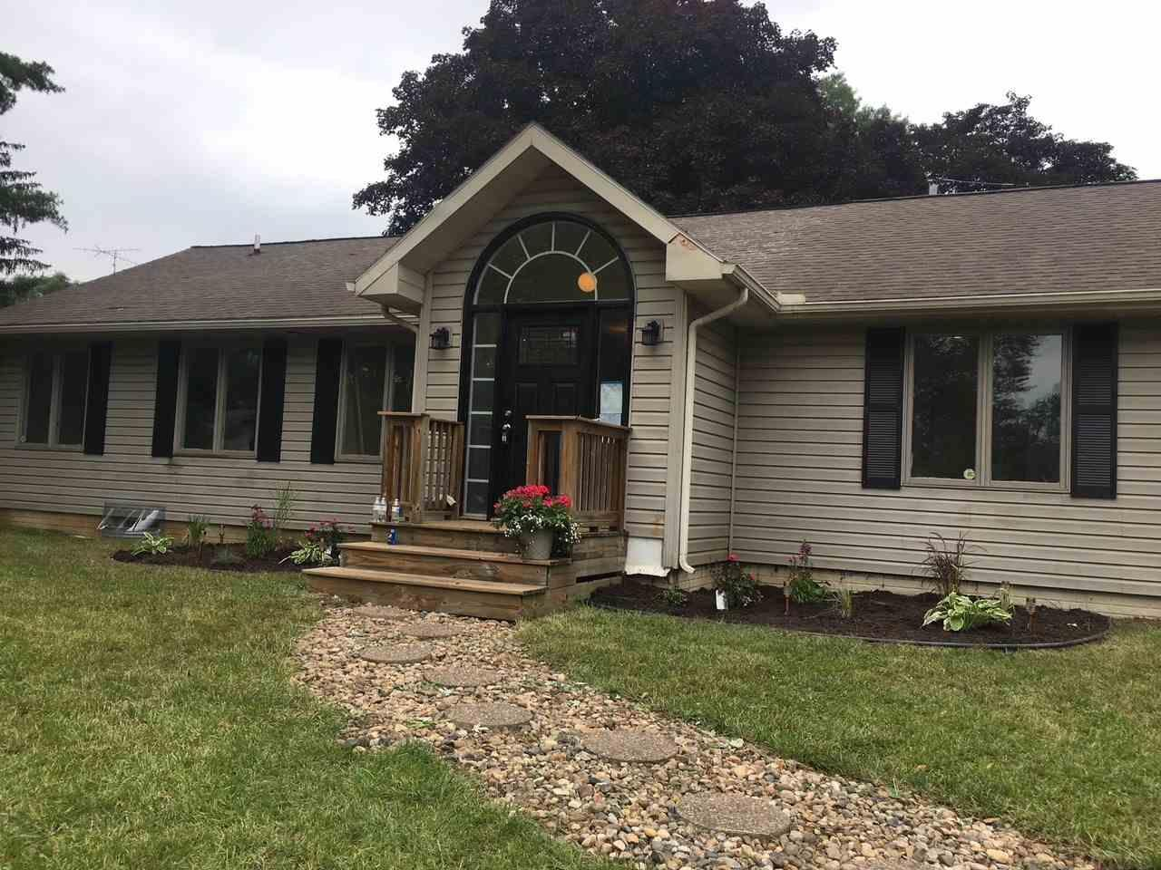 54210 Maple Lane South Bend, IN 46635