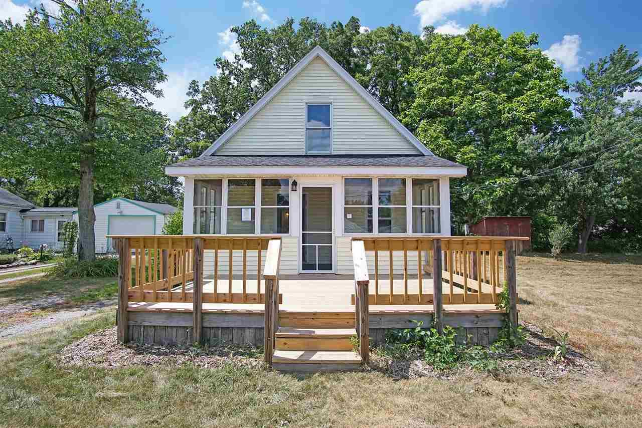 55305 Woodland South Bend, IN 46628