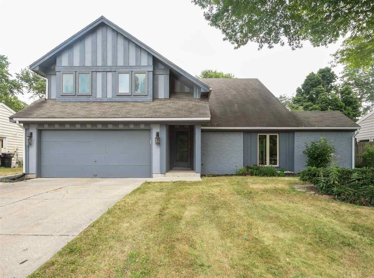 5944 York South Bend, IN 46614