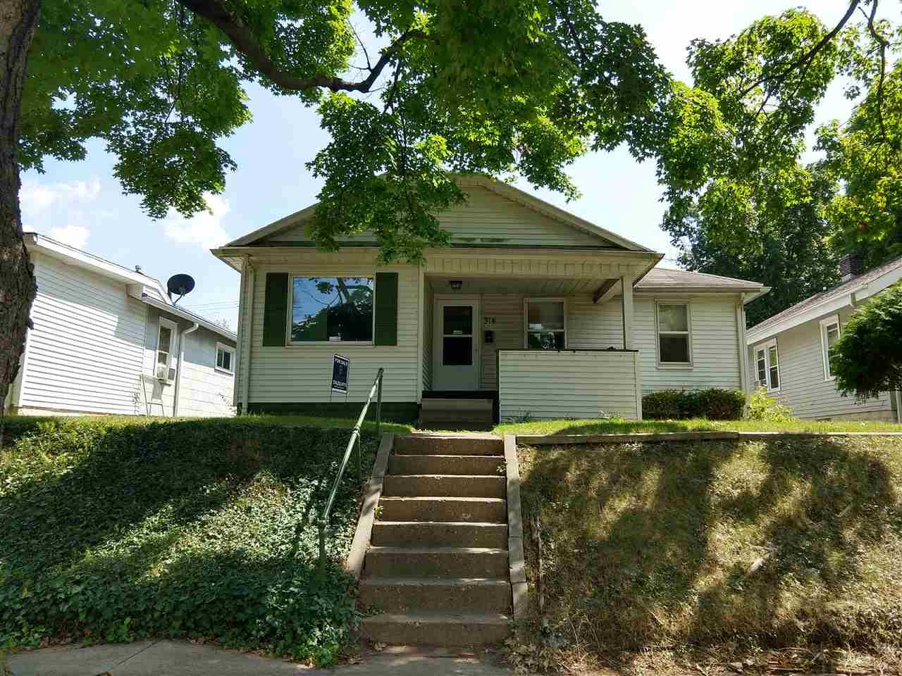314 E Fairview South Bend, IN 46614