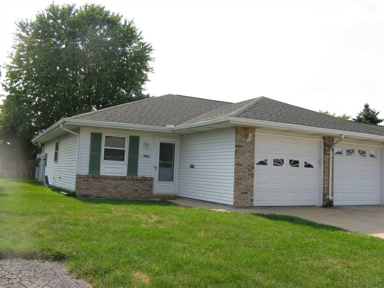 1402 Berkley Circle Mishawaka, IN 46544
