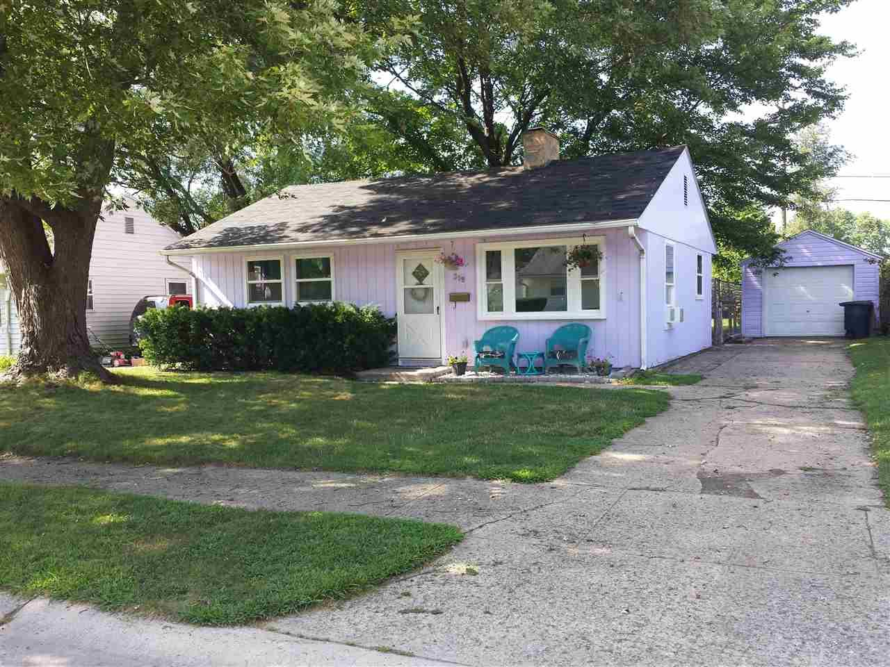 319 Sherwood South Bend, IN 46614