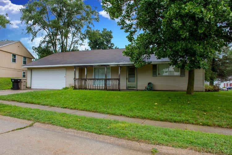 1303 Viking South Bend, IN 46628