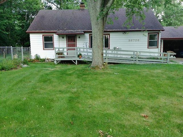 56706 Pear South Bend, IN 46619