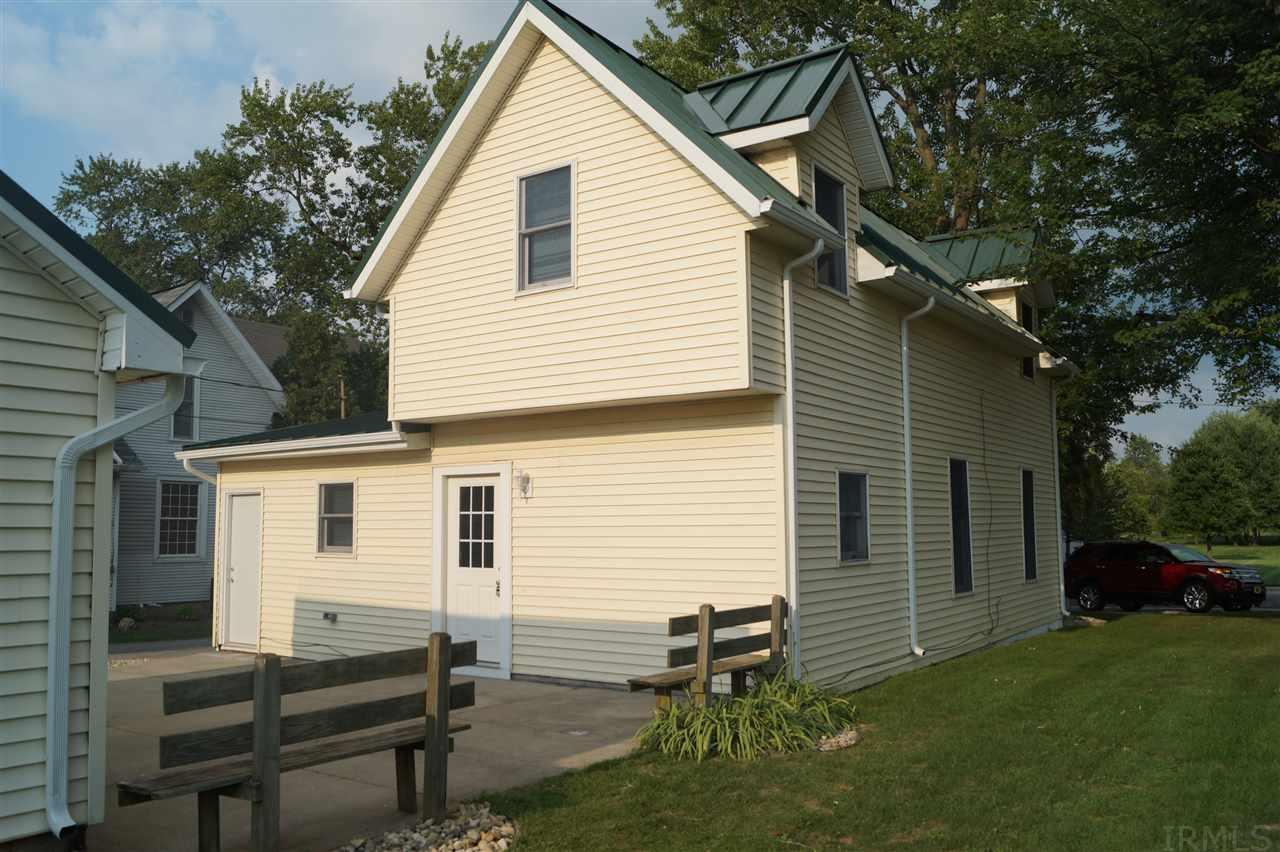 207 Indiana Wakarusa, IN 46573
