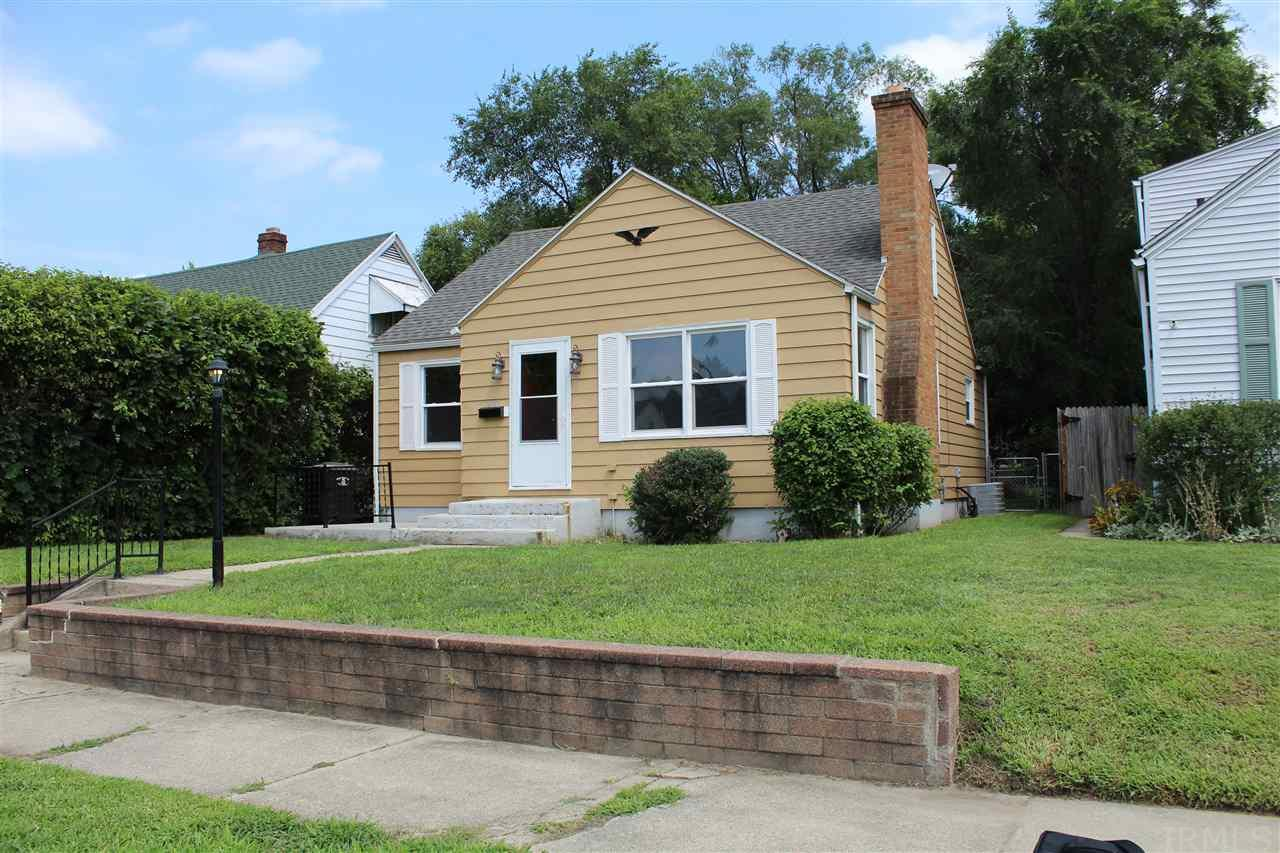 2162 Parkview South Bend, IN 46616