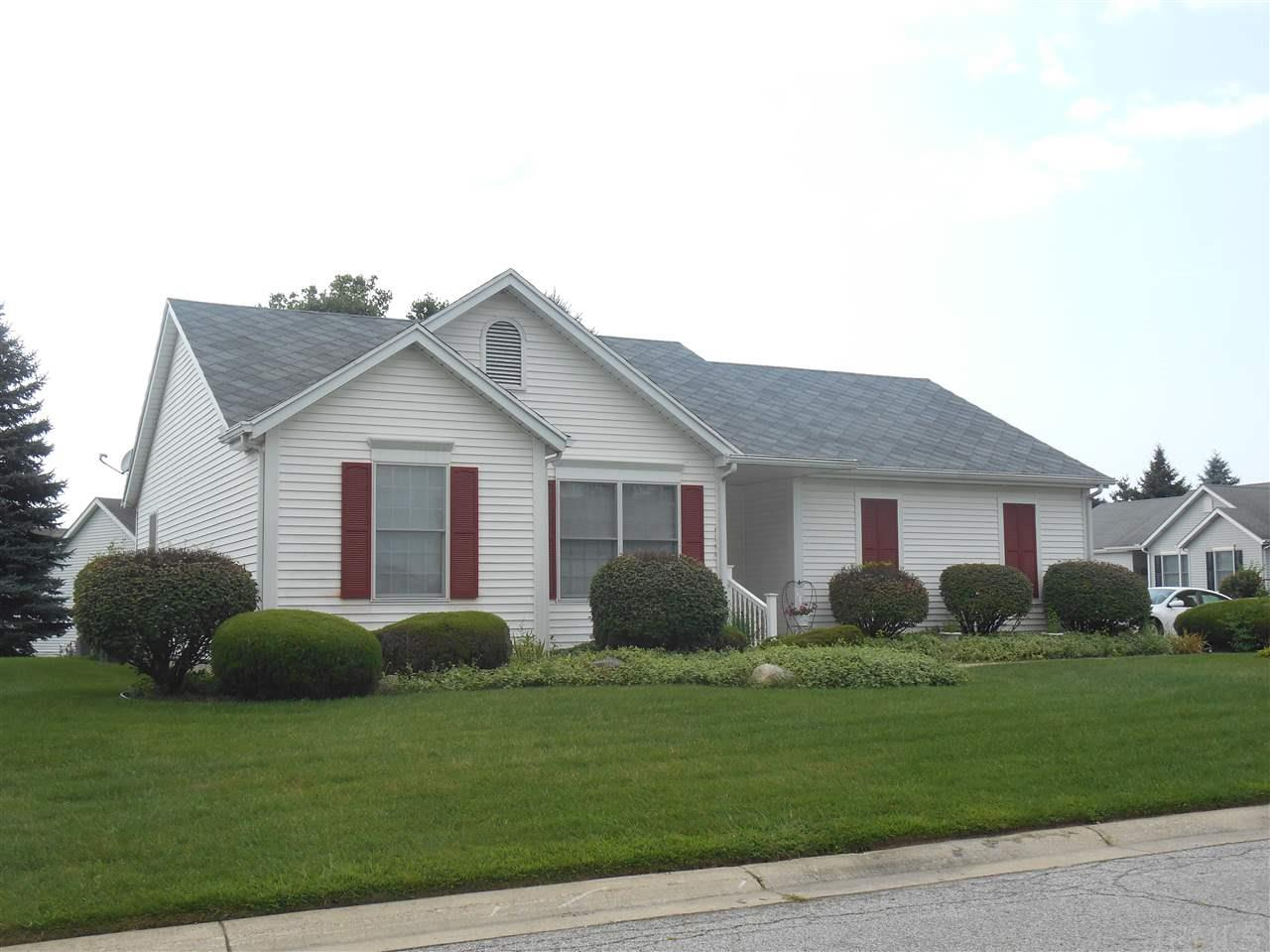 908 Eagle Cove South Bend, IN 46614