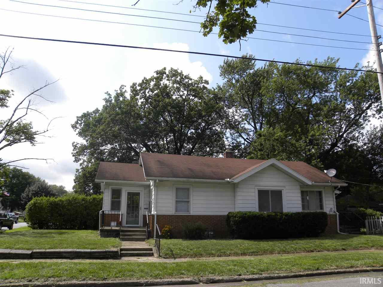1323 E Fox Street South Bend, IN 46613