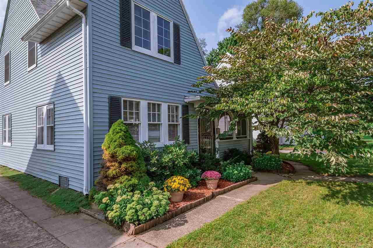 1134 Belmont South Bend, IN 46615