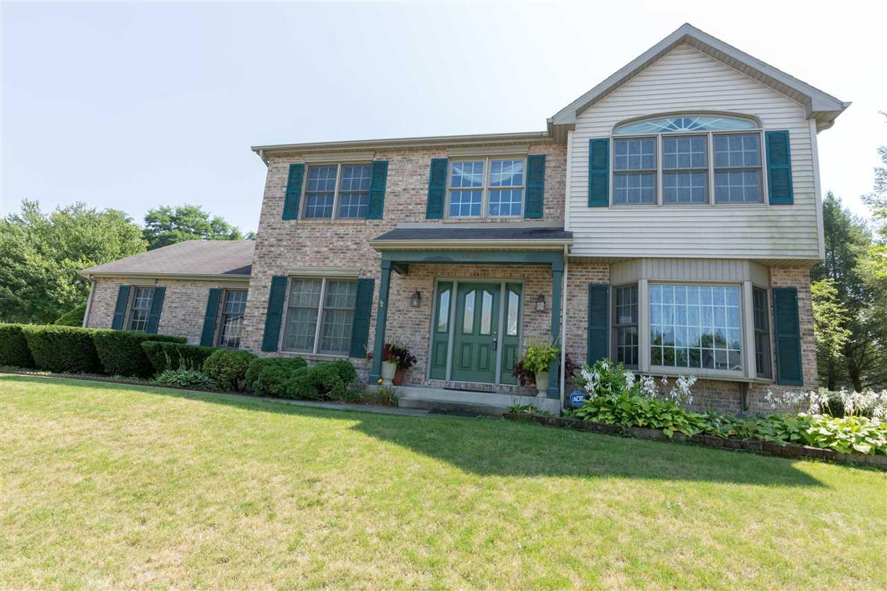 18062 Courtland South Bend, IN 46637