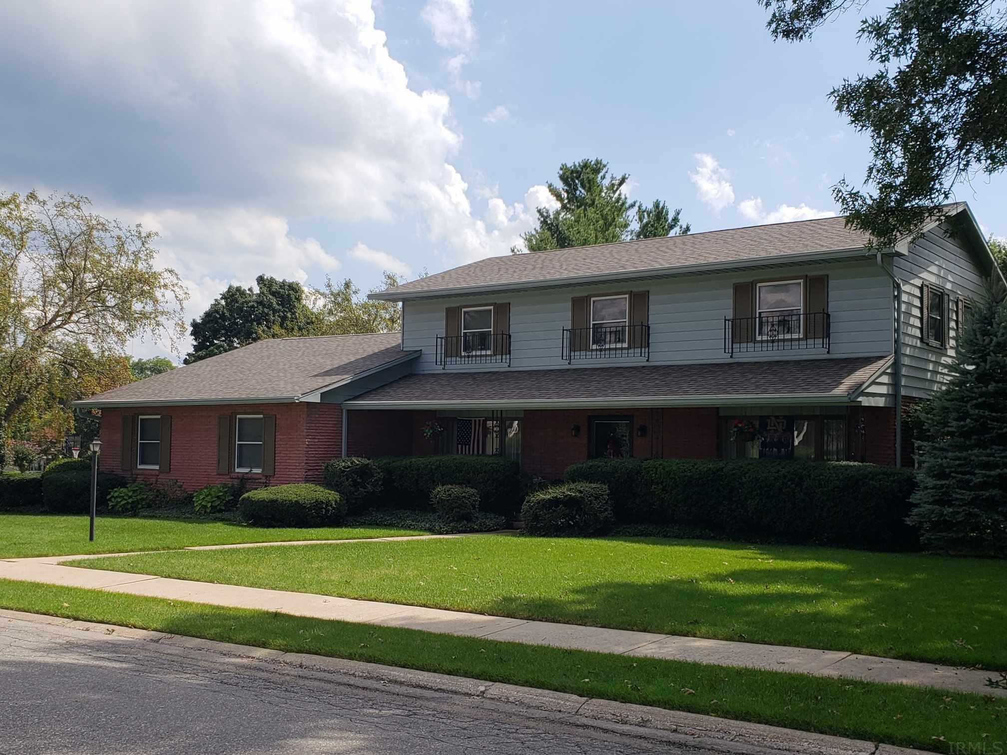1718 Byron South Bend, IN 46614