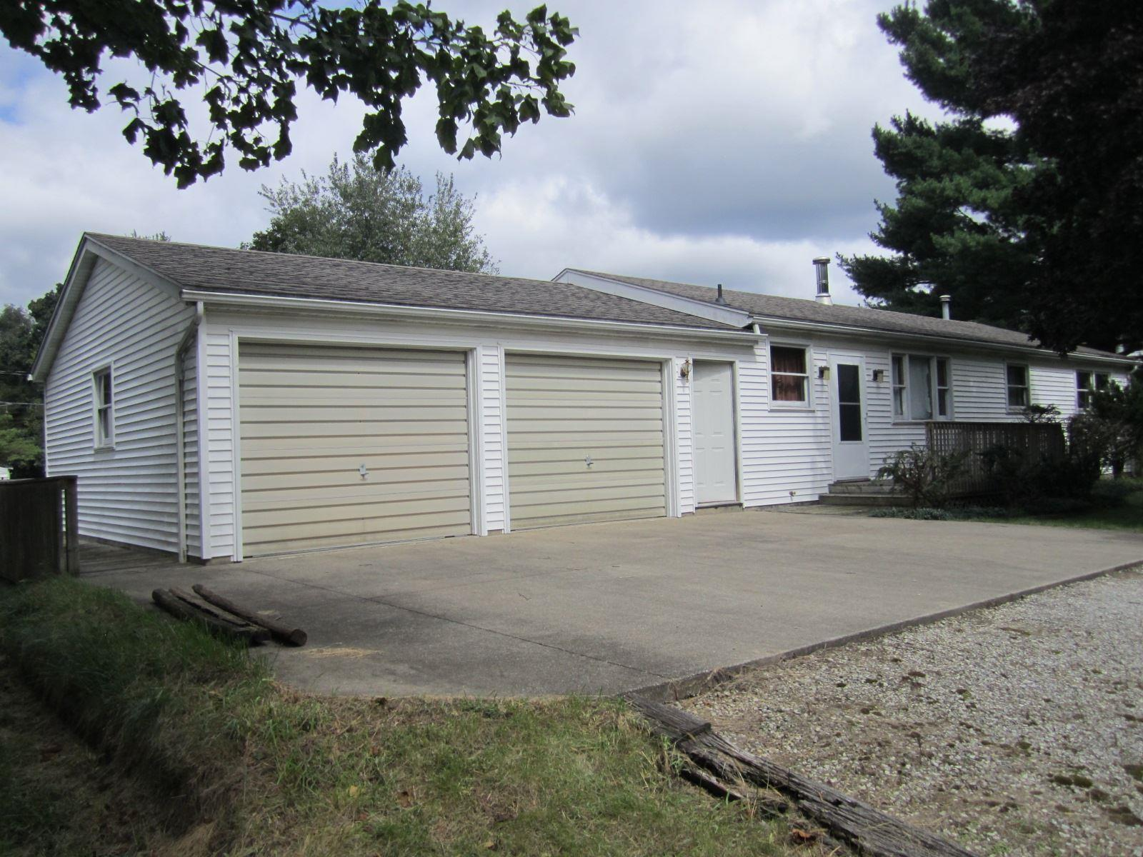 19933 Beechwood South Bend, IN 46637