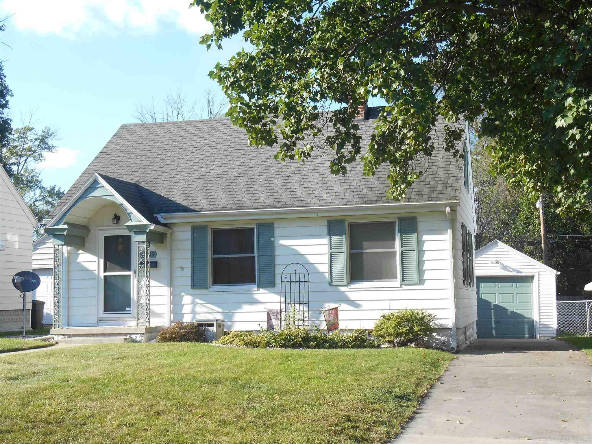 1809 Donald South Bend, IN 46613