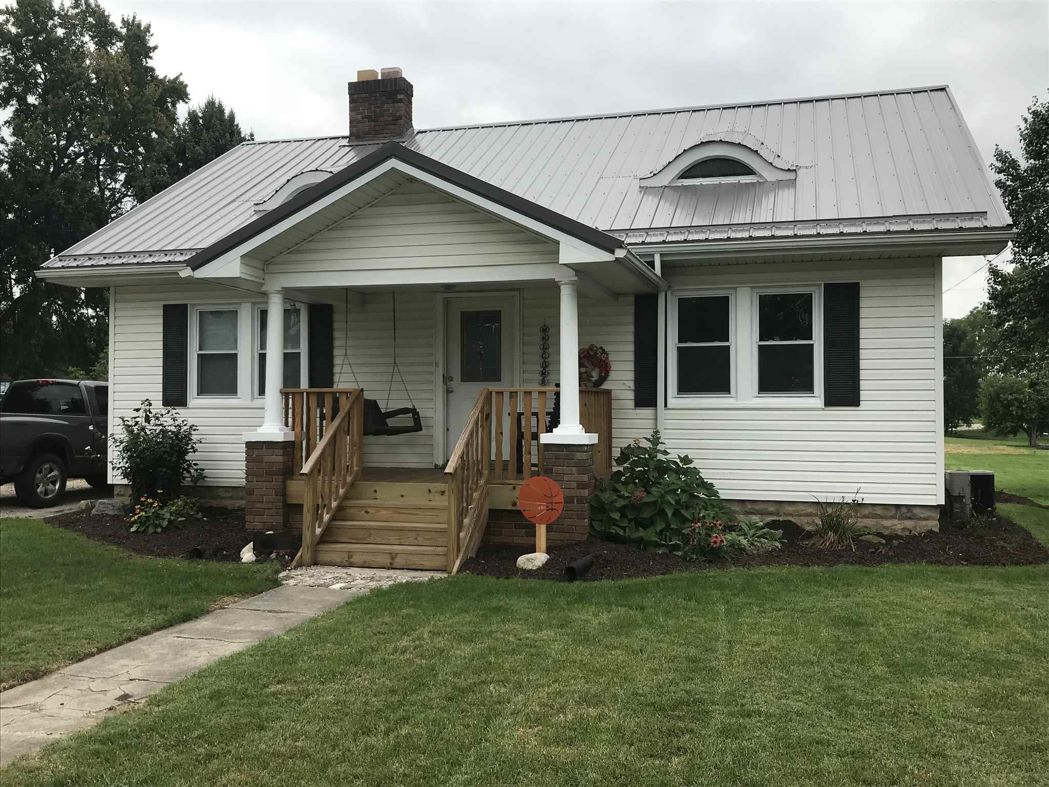 409 E Waterford Wakarusa, IN 46573